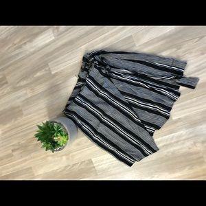 Forever 21 Skirts - 🍂 5/$20 Forever 21 skirt